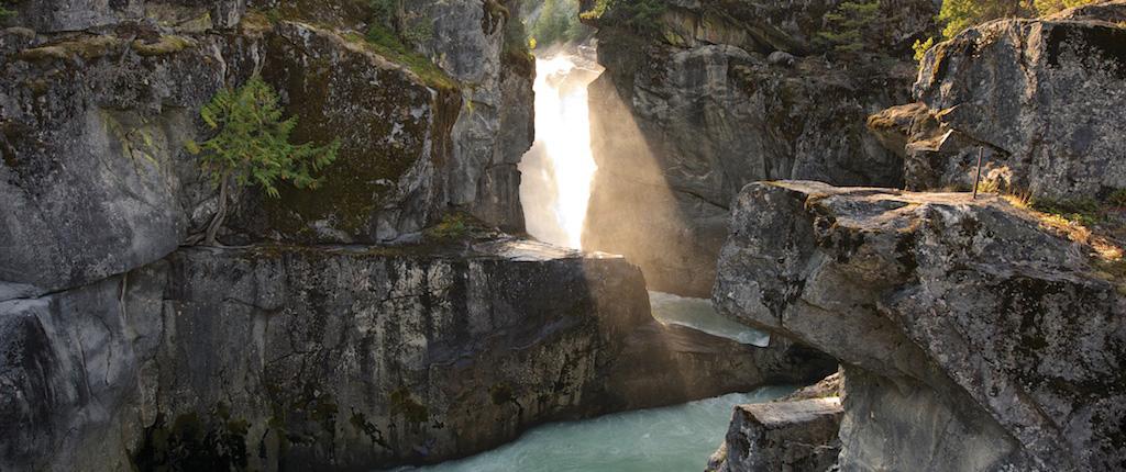 Nairn-Falls-sb-140822-034-slider